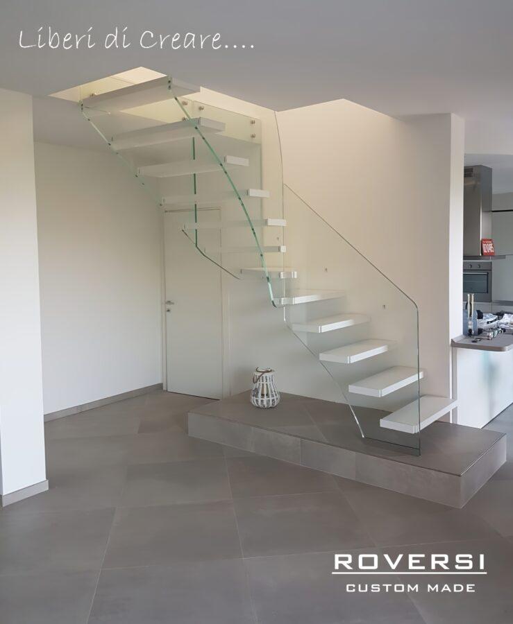 scala a sbalzo per piccoli spazi